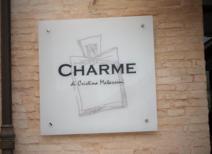 Insegna Charme